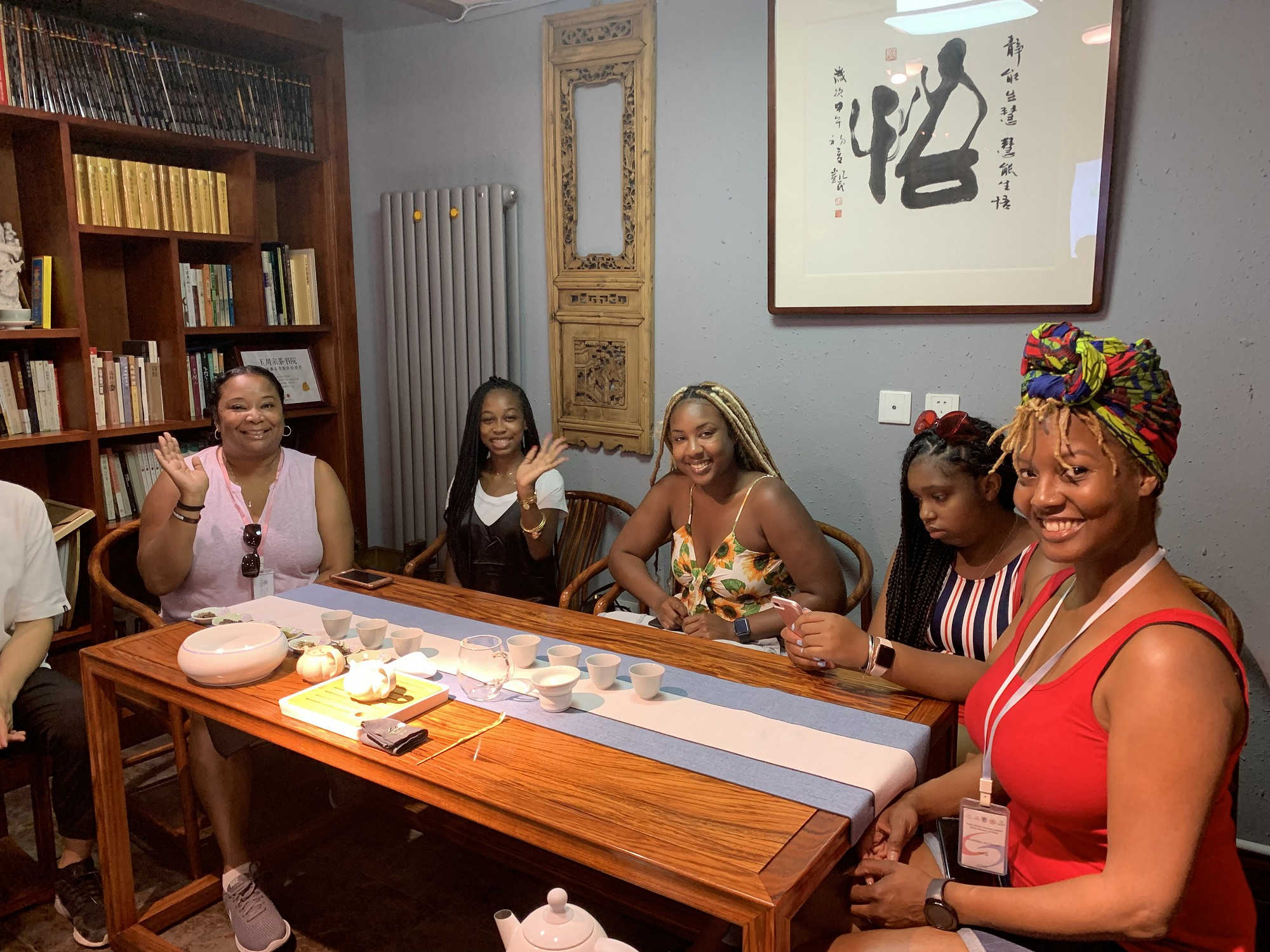 CAU students learning more about Chinese Tea at a local Teahouse in Weihai.